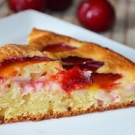 Домашний сливовый торт Фото