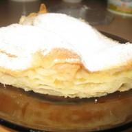 Яблочный слоеный пирог Фото