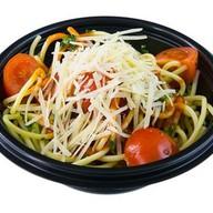 Спагетти с томатами Фото