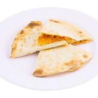 Кесадилья c курицей и картофелем Фото