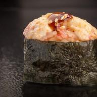 Запечённые суши с крабом Фото