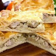 Пирожки слоеные с картофелем и гр Фото