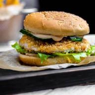 Бургер с хрустящей курочкой Фото