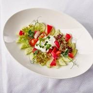 Салатик из свежих овощей со сметанкой Фото