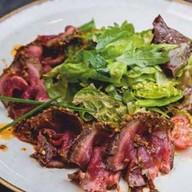Wok салат с ростбифом от шефа Фото