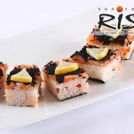 Суши Оси-Дзуси с красной икрой Фото