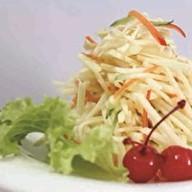 Куриный салат с яблоком Фото