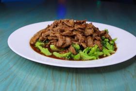 Говядина в соусе терияки с брокколи - Фото
