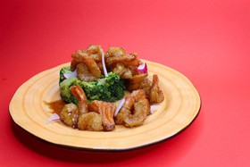 Брокколи с креветками и семгой - Фото