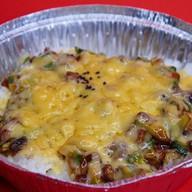 Рис с угрем, авокадо под сырной корочкой Фото