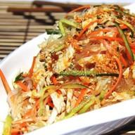 Салат с пекинской капустой и фунчозой Фото