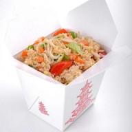 Рис с лососем Фото