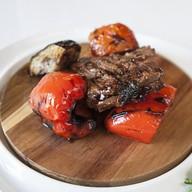 Ангус с овощами Фото