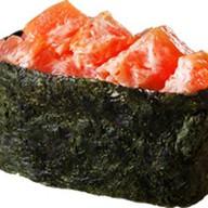 Острые суши с лососем Фото