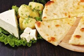 Осетинский пирог с картофелем и сыром - Фото