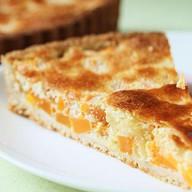 Осетинский пирог с творогом и курагой Фото