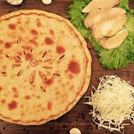 Осетинский пирог с курицей,сыром,грибами Фото