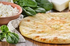 Осетинский пирог с сыром и шпинатом - Фото