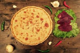 Осетинский пирог с мясом и перцем - Фото