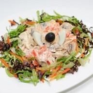 Горячий салат из кальмаров Фото