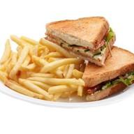 Сэндвич с ветчиной и сыром + фри Фото