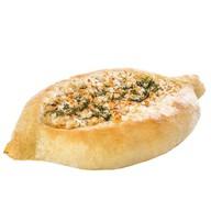 Хачапури с курицей и сыром Фото