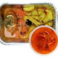 Картофель с рыбной котлетой+суп дня Фото