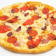 Мясное ассорти пицца Фото