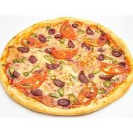 Охотничьи колбаски пицца Фото
