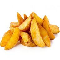 Картофель по-деревенски с соусом Фото