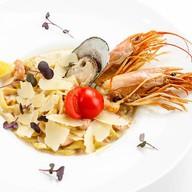 Тальятелли с морепродуктами Фото
