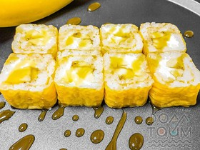 Ролл с бананами - Фото