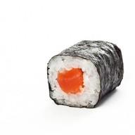 Классический ролл с копченным лососем Фото