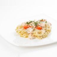 Спагетти с лососем Фото