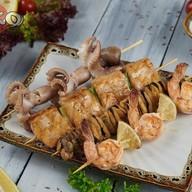Ассорти шашлычков из морепродуктов Фото
