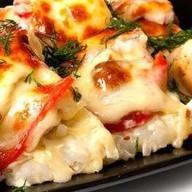 Суши пицца с курицей и с грибами Фото