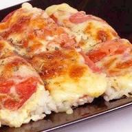 Суши-пицца с пепперони Фото