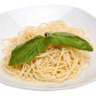 Итальянские спагетти Фото