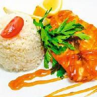 Стейк из лосося с рисом Фото