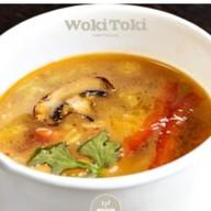 Суп с курицей и шиитаке Фото
