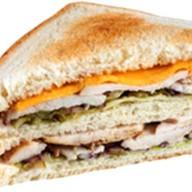 Сэндвич клубный Фото