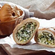 Пирожок с луком и яйцом (от 10 шт.) Фото