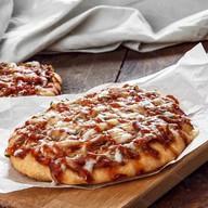 Пицца с колбасой (от 10 шт.) Фото