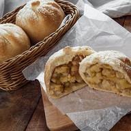 Пирожок с яблоками (от 10 шт.) Фото
