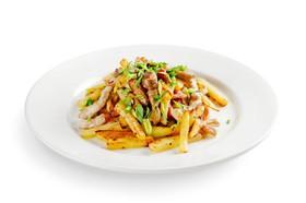 Картофель, жаренный с опятами и свининой - Фото
