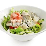 Салат с треской Фото