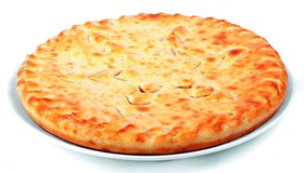 Осетинский пирог (колбаса, сыр) - Фото