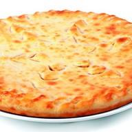 Осетинский пирог (колбаса, сыр) Фото