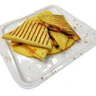 Кесадилья с 5 видами сыра Фото