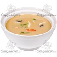 Острый суп с морепродуктам Фото